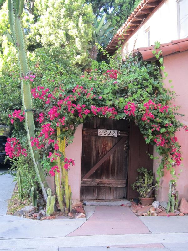 Magical Carriage House in Hollywood - Image 1 - Los Angeles - rentals
