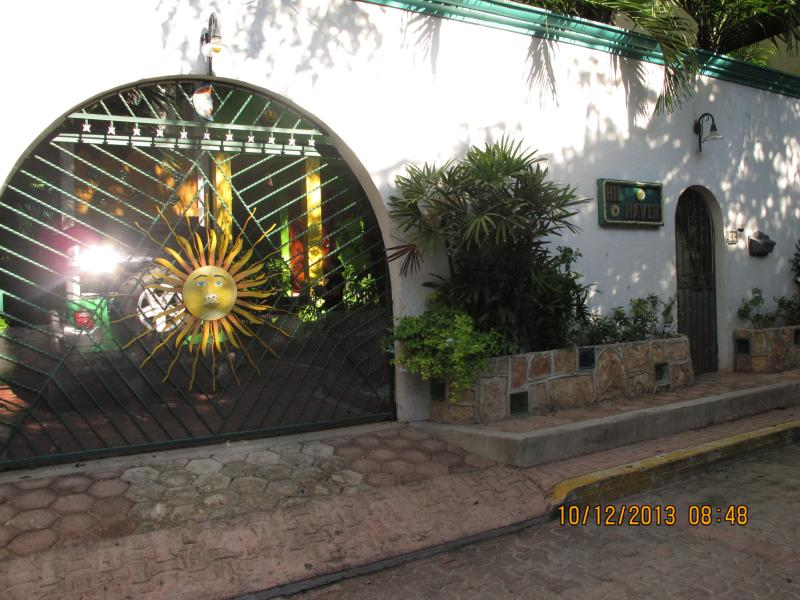 *HILHAVEN* - HILHAVEN*PLAYA* 1 BLOCK TO THE BEACH* ONE BEDROOM* - Playa del Carmen - rentals