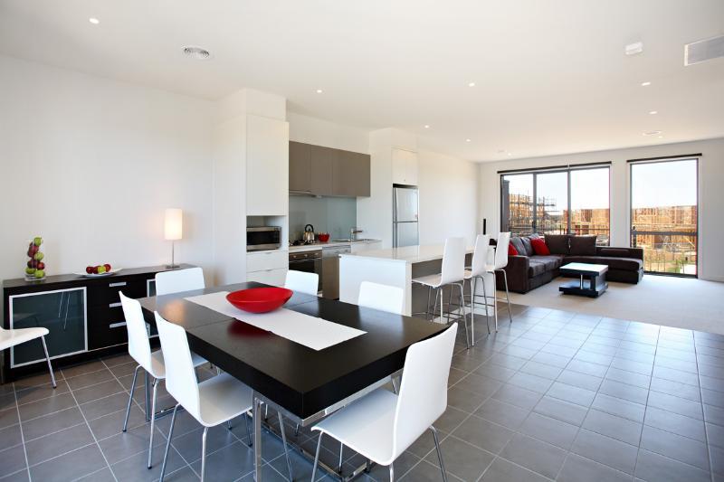 25 Coast Drive, Torquay - Image 1 - Torquay - rentals