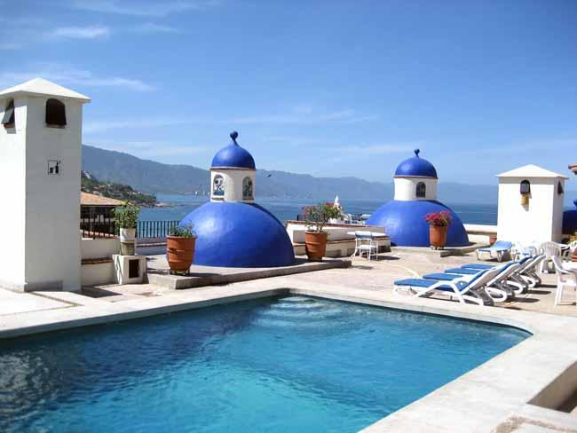 Roof top Pool - 2 Bdrm Waterfront Condo w/lrg terrace in Old Town - Puerto Vallarta - rentals