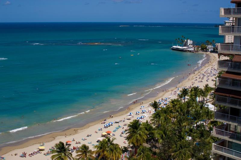 Balcony view - Luxurious ocean view studio next to major hotels - Carolina - rentals