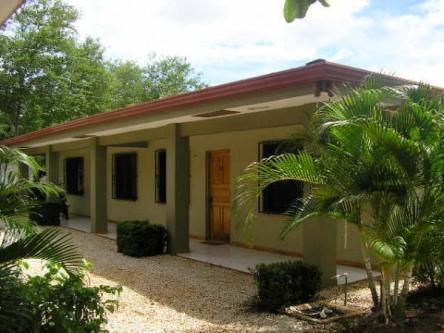 Front Entrance to the Villas - Villa Ferlito - Playa Flamingo - rentals