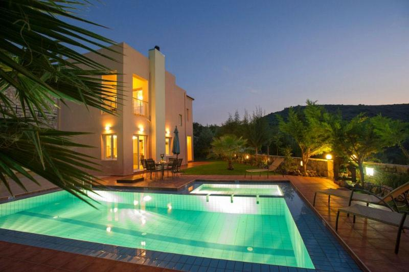 Villa Armonia, luxury holiday villa with sea view - Image 1 - Agia Marina - rentals