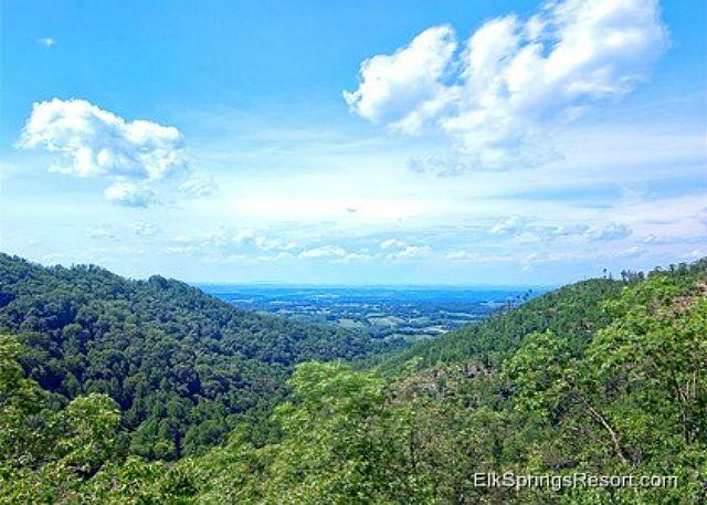 Incredible Mountain Views from your private 4 Bedroom Cabin - Image 1 - Sevierville - rentals