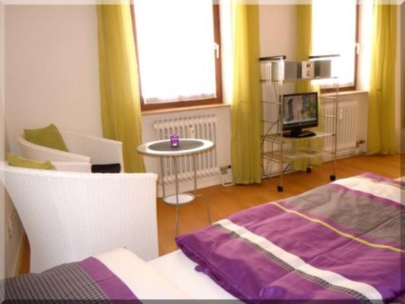 Single Room in Freiburg im Breisgau - 322 sqft, affordable, central, comfortable (# 284) #284 - Single Room in Freiburg im Breisgau - 322 sqft, affordable, central, comfortable (# 284) - Freiburg im Breisgau - rentals