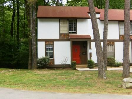 162LaViLn | DeSoto Courts |Townhouse|Sleeps 4 - Image 1 - Hot Springs Village - rentals