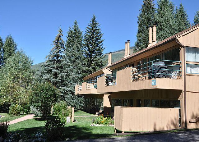 Pitkin Creek Building 4 - Ground floor Pitkin Creek condo with access to free vail bus shuttle - Vail - rentals