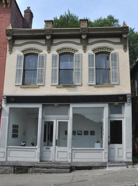 Loft Apartment on Kingston's Historic Waterfront - Image 1 - Kingston - rentals