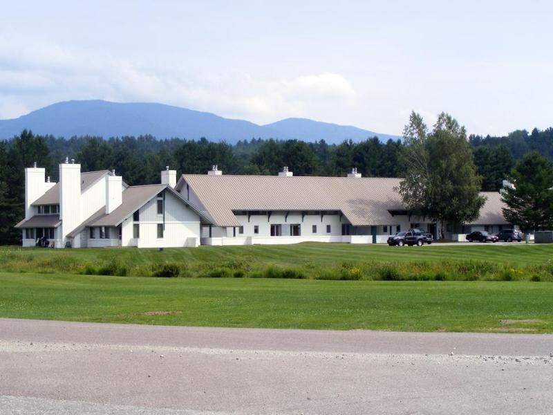 The resort seen from the golf course. - Affordable lodging with great comfort - Stowe - rentals