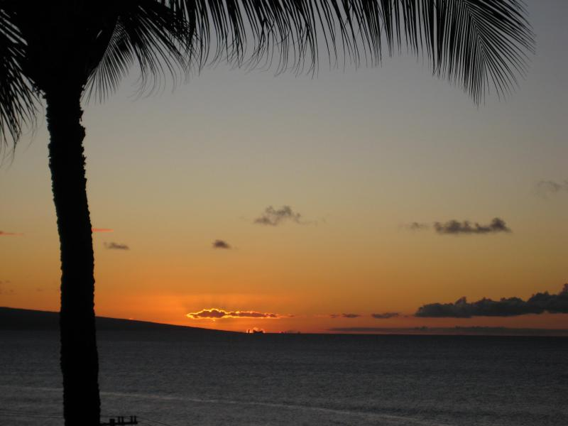 Enjoy the sunset from the lanai - 2 Bedroom Condo w/Spectacular View in Kahana Maui - Lahaina - rentals