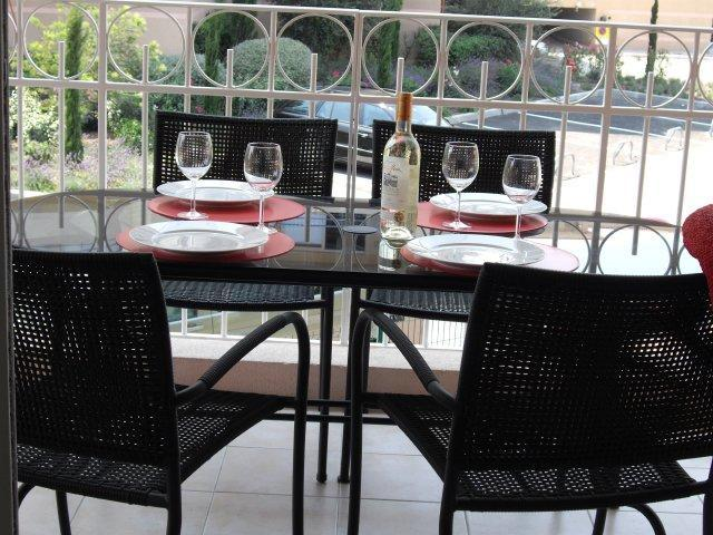 Terrace - New, Beachside Antibes 1 Bedroom FF Apartment with Terrace and Sea View - Antibes - rentals