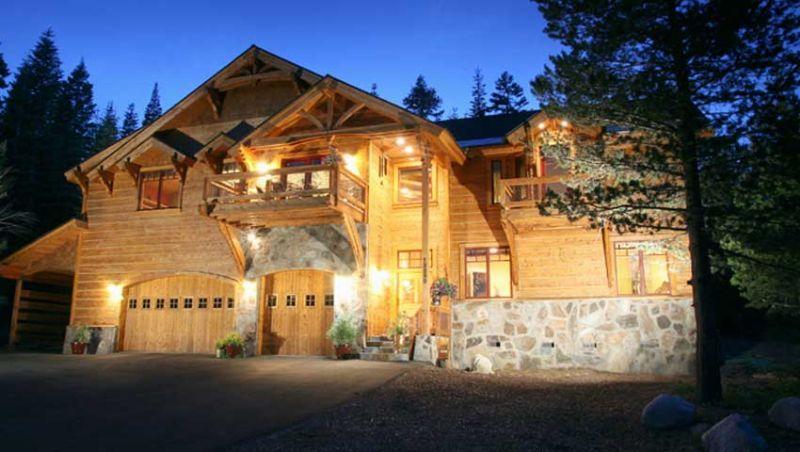 Bear Meadows **Luxury, HOT TUB, POOL TABLE!** - Image 1 - Truckee - rentals