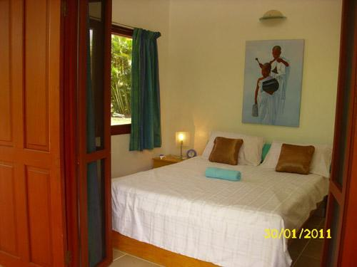 Four of the five queen bedrooms open out onto the verandah and garden - Golden Palms Retreat Fiji - Pacific Harbour - rentals