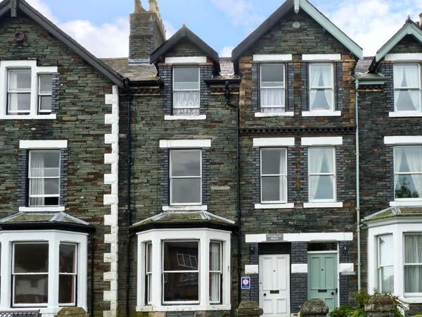 PTARMIGAN HOUSE, family friendly, character holiday cottage, with a garden in Keswick, Ref 10253 - Image 1 - Keswick - rentals