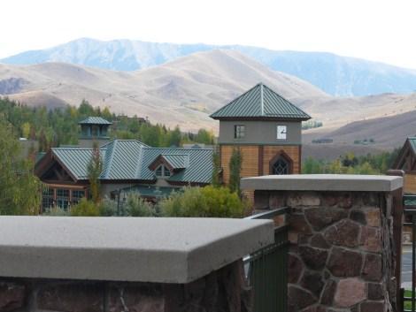 ELKHORN RETREAT WITH 2 MASTER SUITES.. SLEEPS 4 - Image 1 - Sun Valley - rentals
