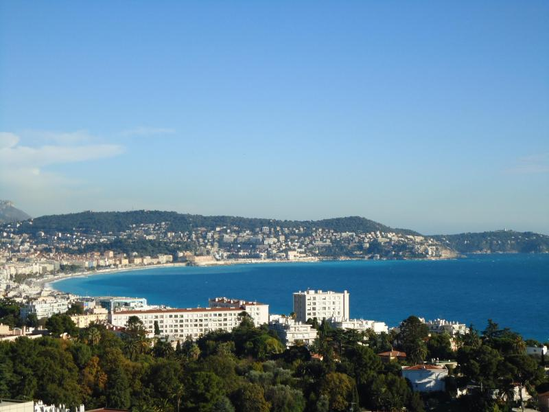 Enjoy a glass of rose with this view - awesome!! http://parisnicevacations.com - Nice: Luxury Bay View Apartment - Nice - rentals
