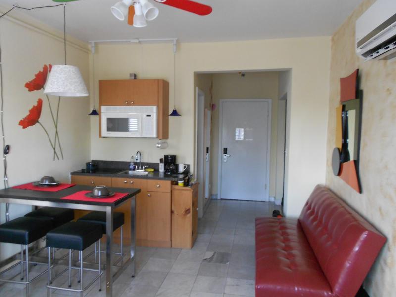Living/Dining - Sobe NEW Condo -Corner Unit - Miami Beach - rentals
