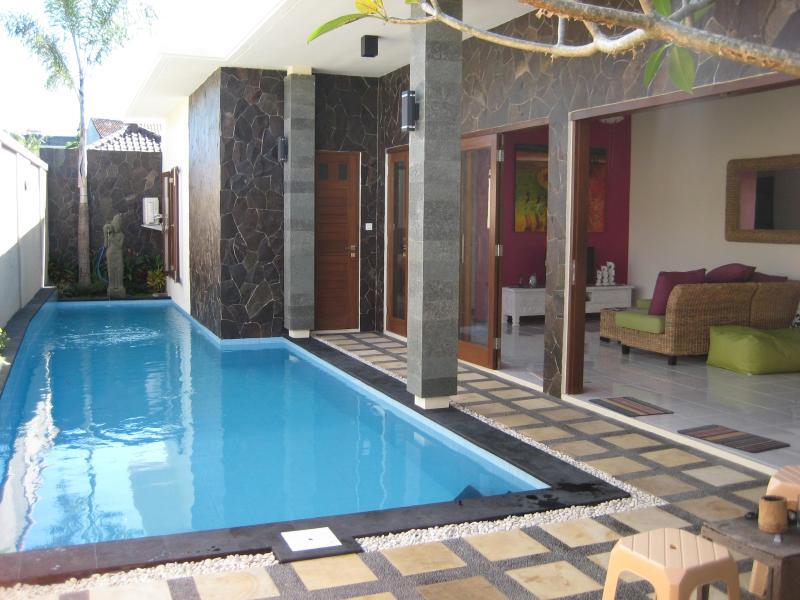 View from entry gate - Bali Villa Accommodation Legian - Legian - rentals