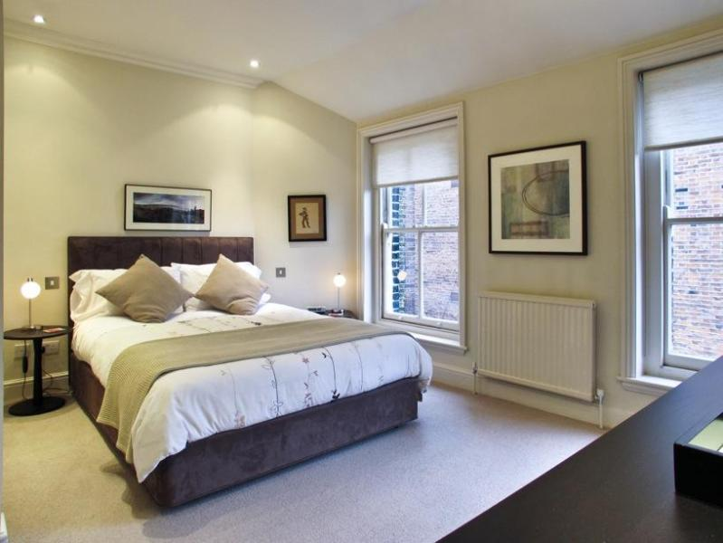Clean and Elegant Bedroom - USD! 1 Bed 1.5 Bath near Sloane Square (1-72) - London - rentals