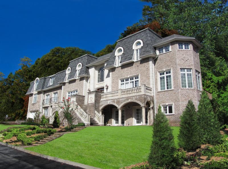 Front of Villa - Summer Fun in a Private NYC Villa - Only $800/nt!! - Staten Island - rentals