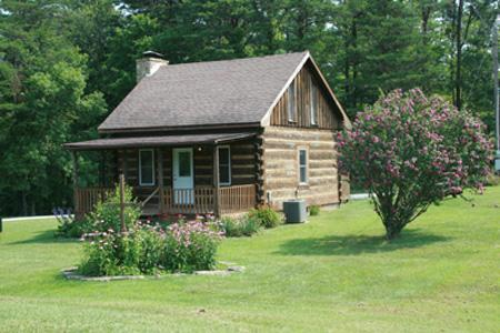 The Log Cabin - Red River Gorge Cabins Log Cabin $97 Any Night - Pine Ridge - rentals