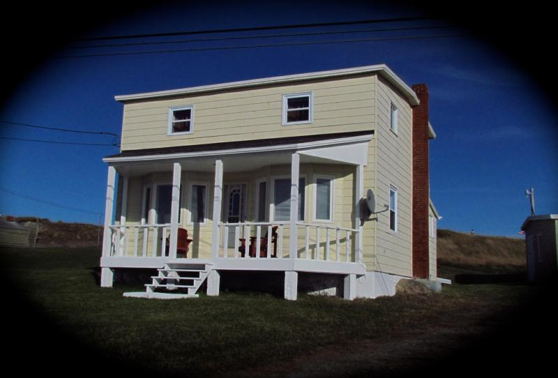 Home From Away - Home From Away - 3 bdrm house  beautiful sea views - Newfoundland and Labrador - rentals