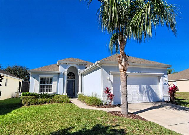 Front View - VILLA AURORA: 4 Bedroom Pool Home in Gated Community with Game Room and Spa - Haines City - rentals