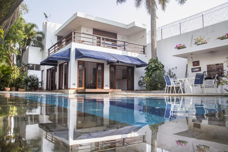 Incredible 3 Bedroom Beach House in Marbella - Image 1 - Cartagena - rentals
