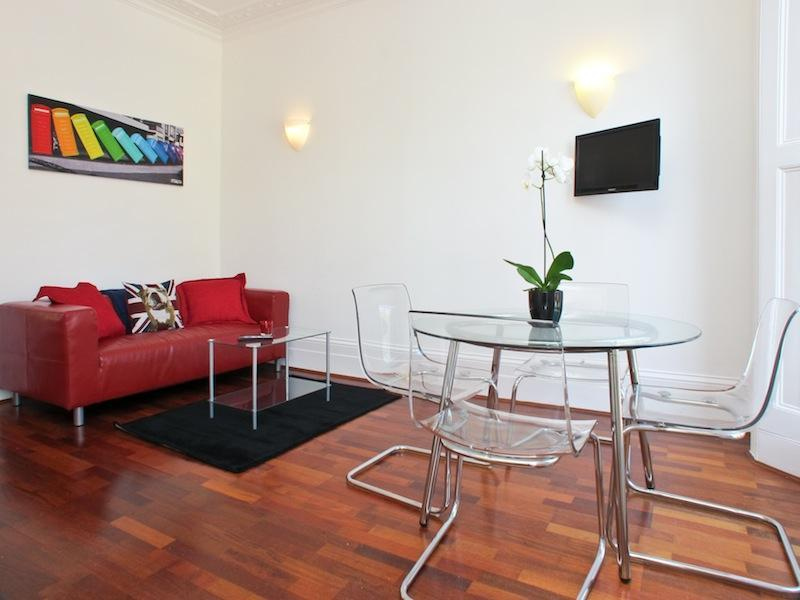 Living Room - USD! 1 Bed 1 Bath in Pimlico (1-5) - London - rentals