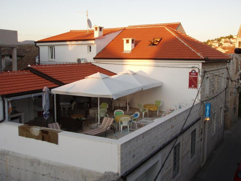 House Klaudija - Triple room 4* close to center of old town Trogir - Trogir - rentals