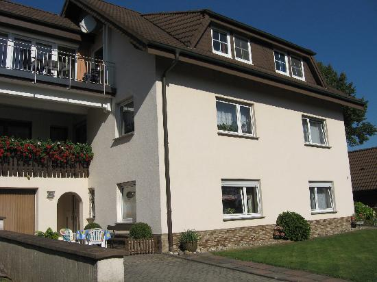Vacation Apartment in Eichenzell-Kerzell - 635 sqft, generous features, relaxing, affordable (# 2222) #2222 - Vacation Apartment in Eichenzell-Kerzell - 635 sqft, generous features, relaxing, affordable (# 2222) - Eichenzell - rentals