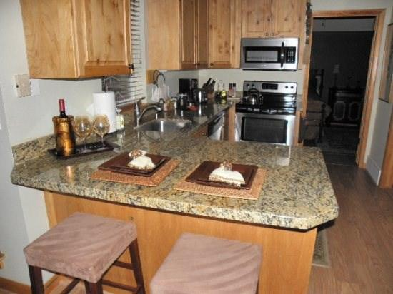 Kitchen Area - 200 Daly #2-2 Bedroom Condo, Walking Distance to Historic Main Street - Park City - rentals