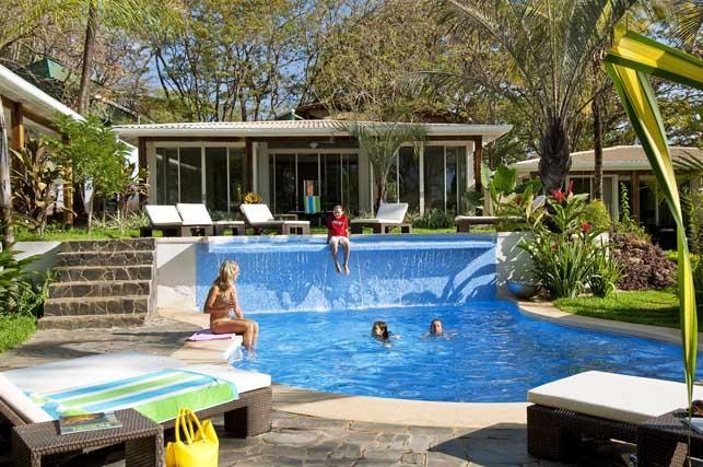 A very refreshing and inviting pool awaits! - The Breeze-Luxury 2 bedroom villas by beach/restos - Tamarindo - rentals