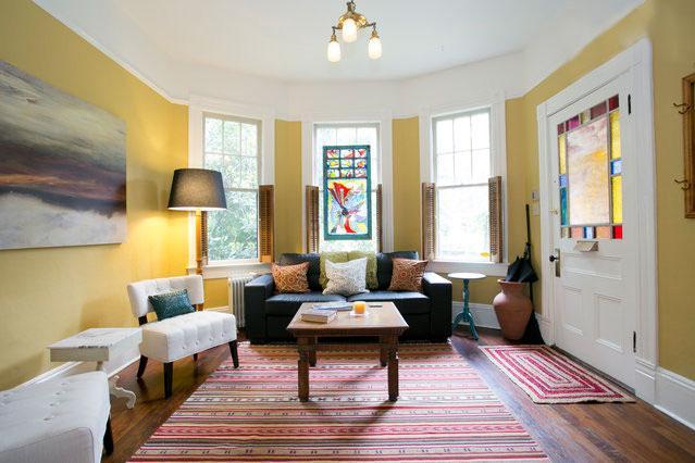 Spacious living areas - Exquisite SE Victorian Retreat - SellwoodManor - Portland - rentals