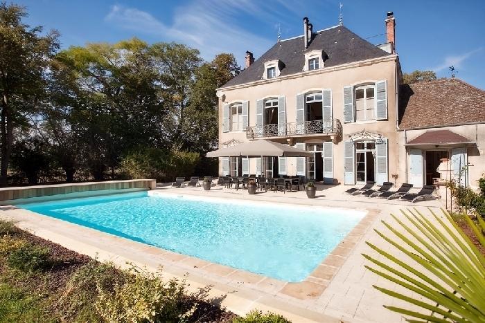 Chateau Vela holiday vacation chateau rental france burgundy bourgogne, holiday vacation chateau to rent france burgundy bourgogne, h - Image 1 - Chatenoy-en-Bresse - rentals