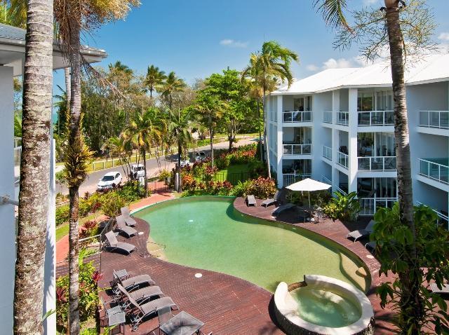 Beachfront Holiday Unit Port Douglas w  FREE WIFI - Image 1 - Port Douglas - rentals