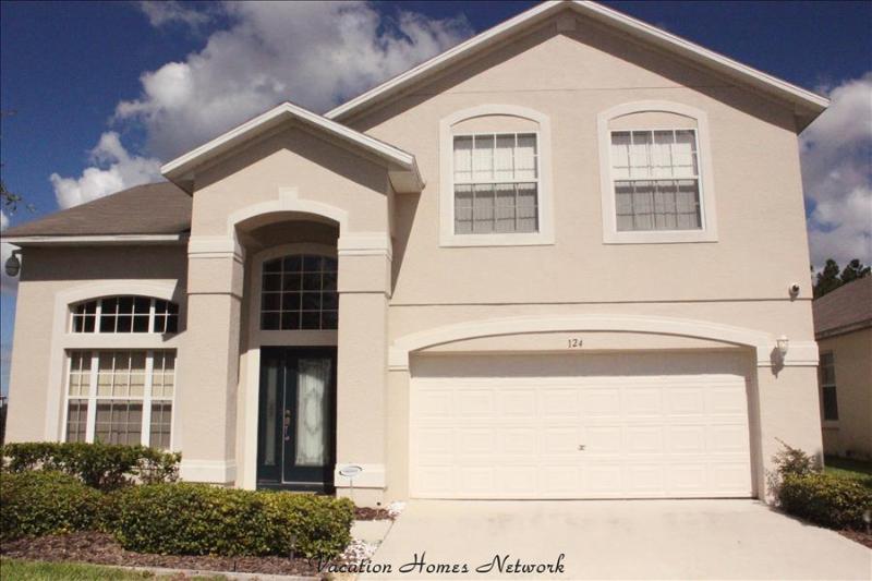 Nice House with 4 BR/3 BA in Davenport (Liberty Swan  11240) - Image 1 - Davenport - rentals