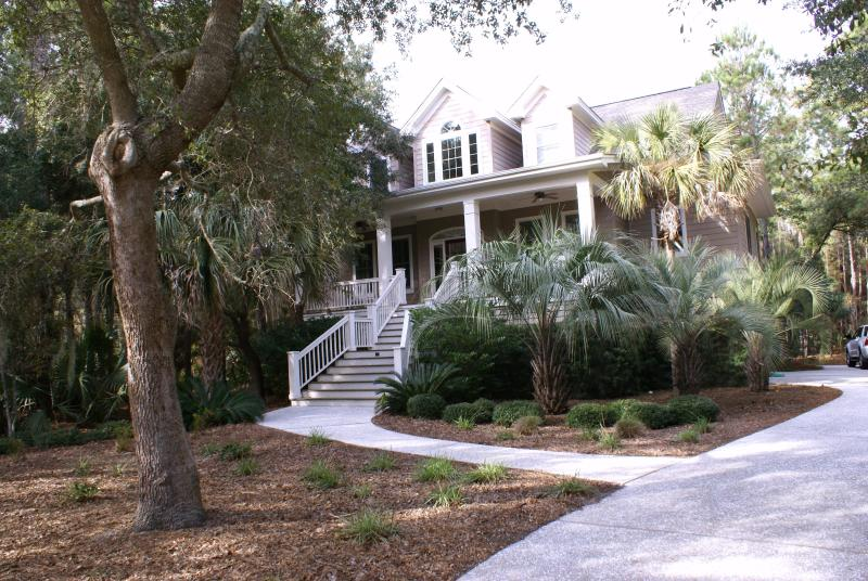 Front of home - Beautiful 4 bed/4 bath Private Home w/heated pool - Kiawah Island - rentals
