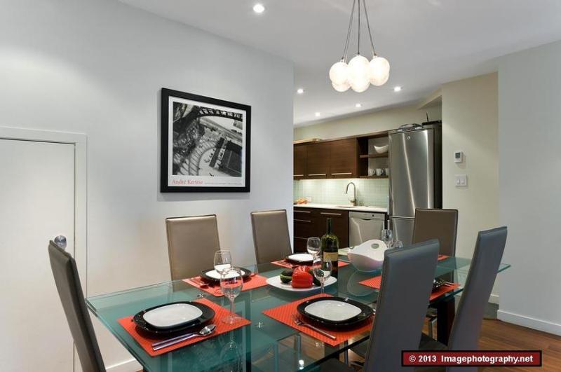 The Villas Wintergreen: 4 Star Quality, Modern Decor, Mtn View, Spacious - Image 1 - Whistler - rentals