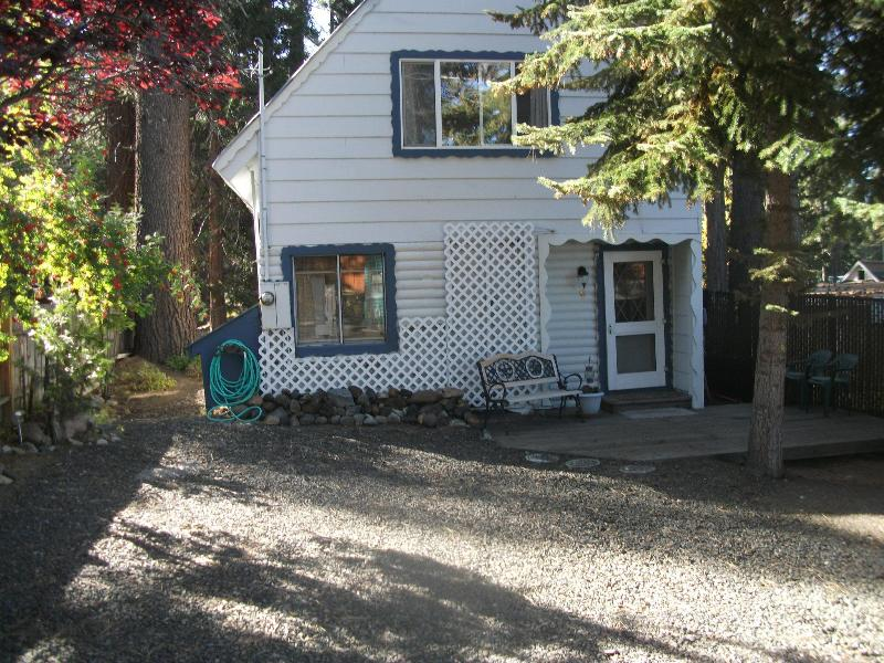 Front of cabin with deck - Zephyr Cove, Cave Rock area beach access cabin - Glenbrook - rentals