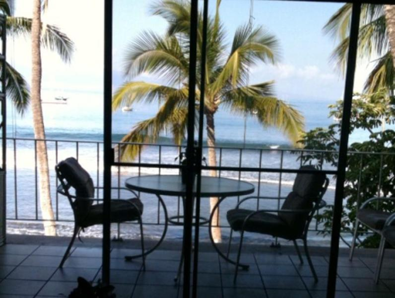 What a way to wake up! - May Specials! Oceanfront 3rd Floor Patio Views - Lahaina - rentals