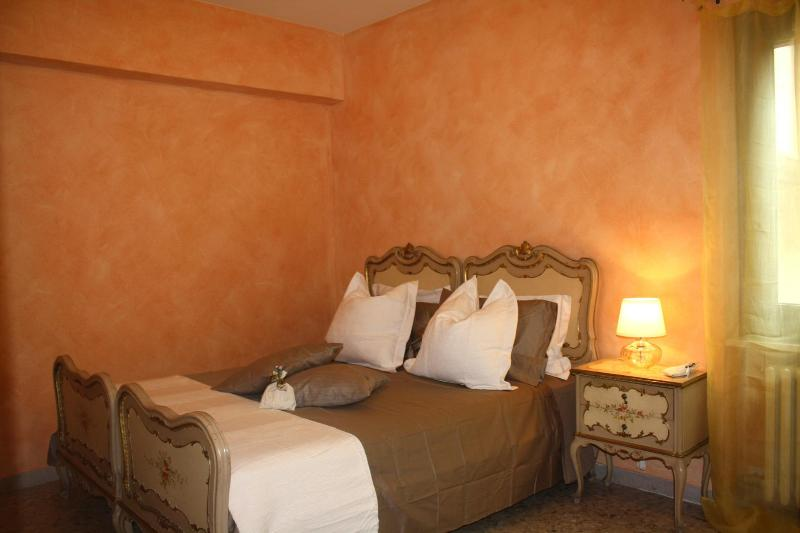 Holiday Apartment in the very Heart of  Verona - Image 1 - Verona - rentals