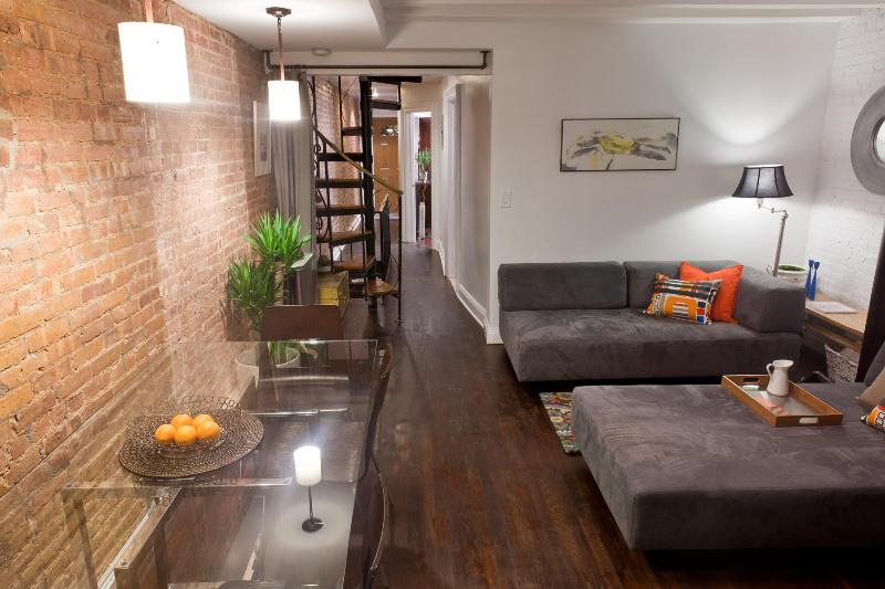 Floor Through View - Beautiful Garden Apartment in Clinton Hill - Brooklyn - rentals