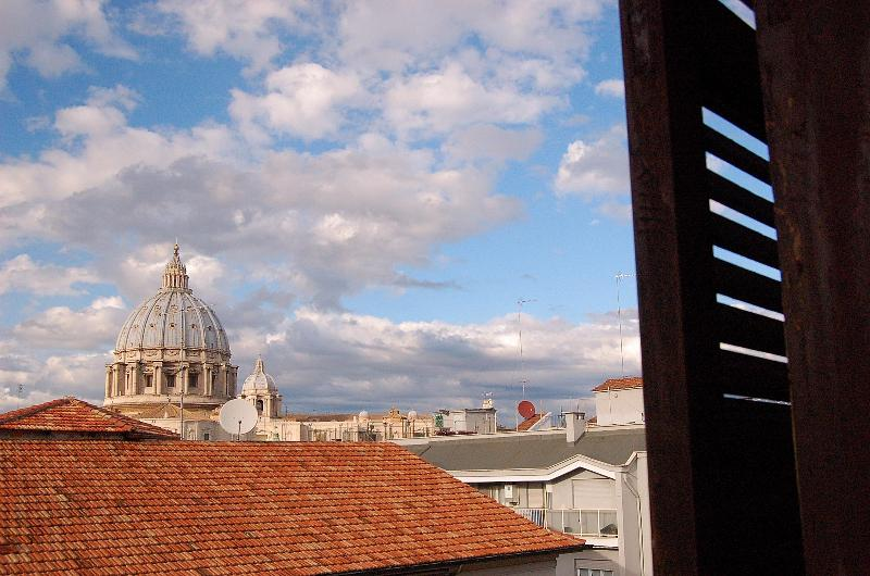 Room with a view - Zenzero&Cannella view over St. Peter's Basilica - Rome - rentals