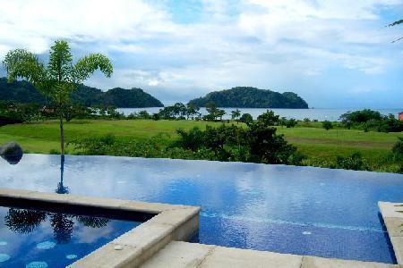 Beachfront Villa Tranquila on Los Seunos Resort, infinity pool- jacuzzi - Image 1 - Herradura - rentals