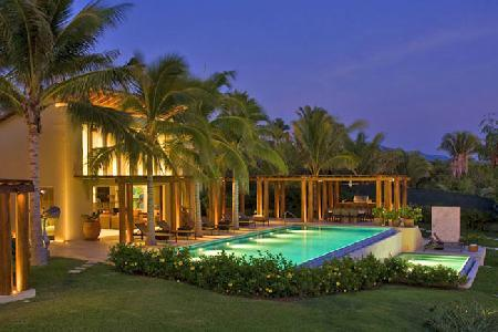 Casa Beidisia - Impressive beachfront villa with pool & in home movie theater - Image 1 - Punta de Mita - rentals