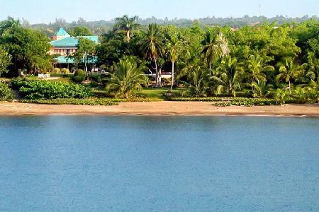 Beachfront La Vera on Casa De Campo Resort with Access Cards - Image 1 - Dominican Republic - rentals