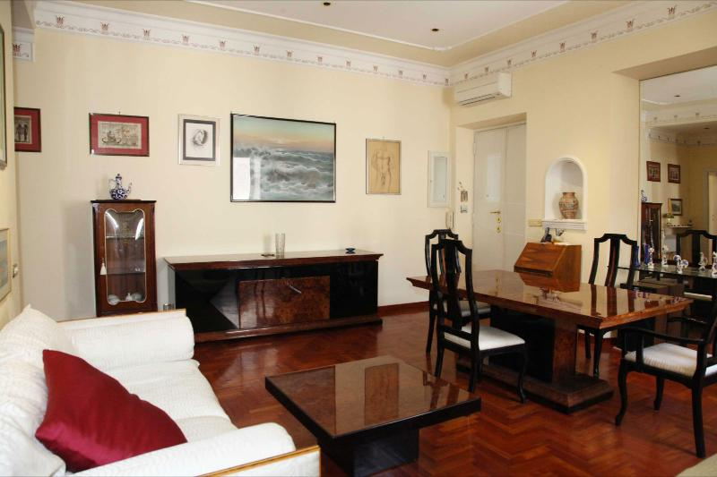 Rome Apartment near the Coliseum - Garzetta Romana - Image 1 - Rome - rentals