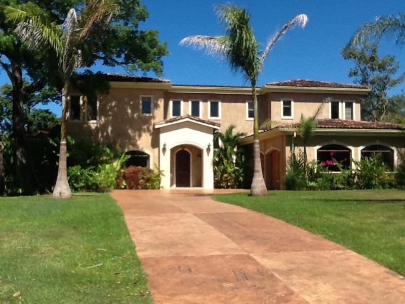 Front view of House - CASA MARBELLA , 2 MINUTES FROM OWN PRIVATE BEACH - Guanacaste - rentals