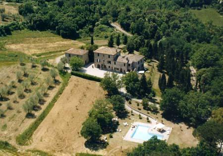A view from above - Tuscany, Siena - Farmhouse I Pianelli - Murlo - rentals